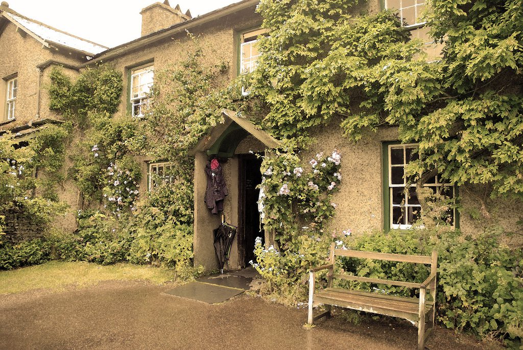 Things to Do in Ambleside – Beatrix Potter's Cottage